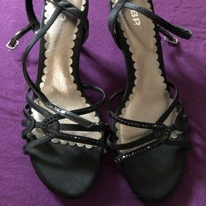 Black heels size 6.5